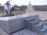 Monumente Funerare Mozaic